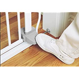 Amazon Com The First Years Hands Free Gate Discontinued