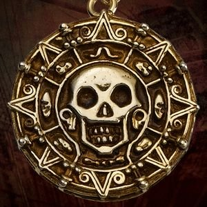 Master Replicas Pirates of the Caribbean Souvenir Necklace