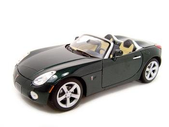 2006 Pontiac Solstice Green 1:18 Scale Diecast Model