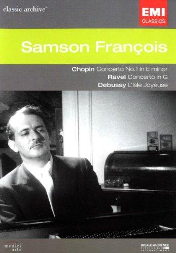 Plays Chopin Ravel Debussy
