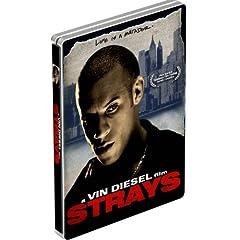 Strays (Steelbook Packaging)