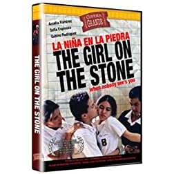 La Nina en la Piedra / The Girl on the Stone