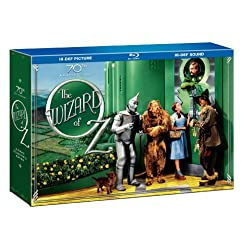 The Wizard of Oz (70th Anniversary Ultimate Collector's Edition with Digital Copy and Amazon Exclusive Set of 4 Collectible 8x10 Character Posters) [Blu-ray]